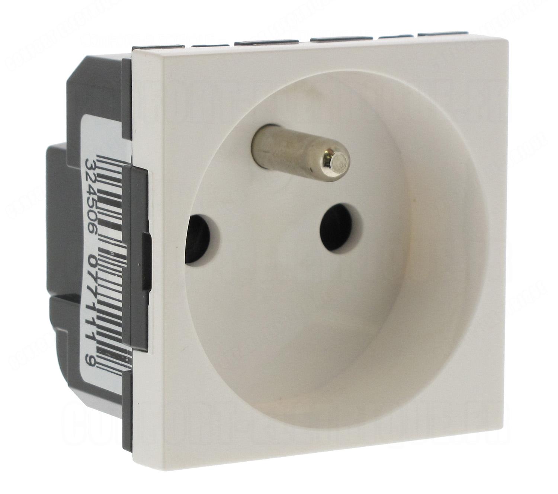 Diametre Scie Cloche Prise De Courant prise de courant 2p+t legrand mosaic - 5,38€