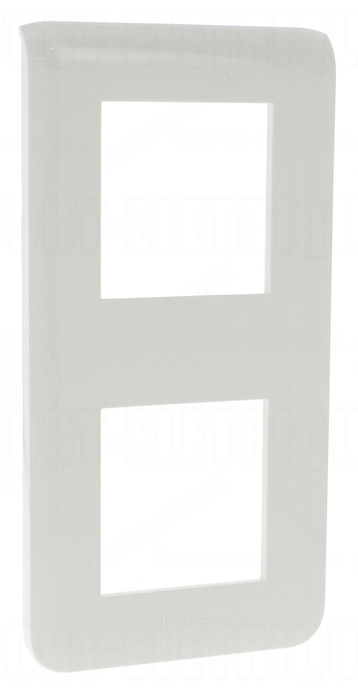 enjoliveur 2x2 modules vertical legrand mosaic blanc 4 12. Black Bedroom Furniture Sets. Home Design Ideas