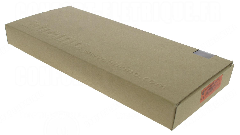 plaque 2 2 2 modules bticino living light acier bross c. Black Bedroom Furniture Sets. Home Design Ideas