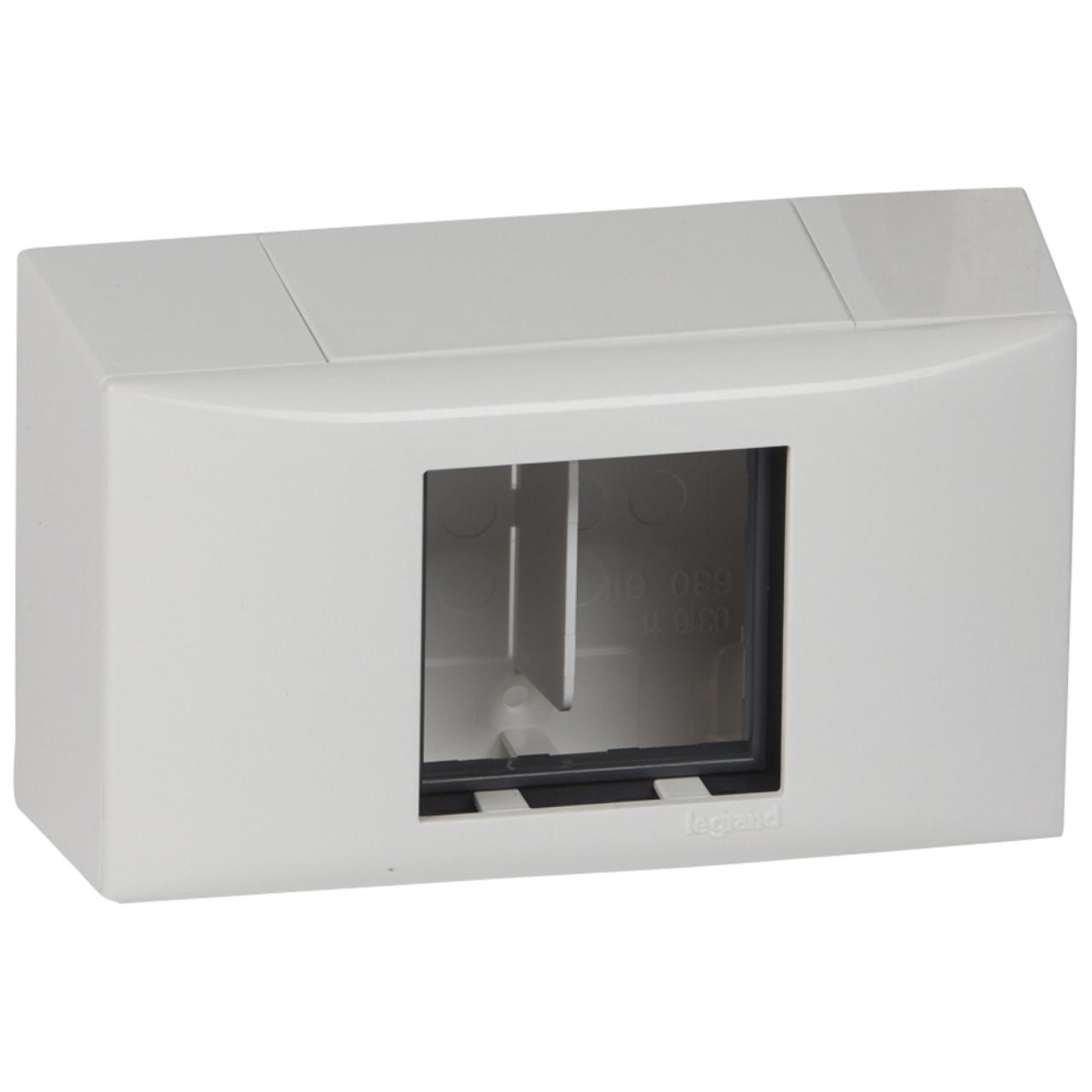 adaptateur cadre 2m pour goulotte dlplus legrand dlplus. Black Bedroom Furniture Sets. Home Design Ideas