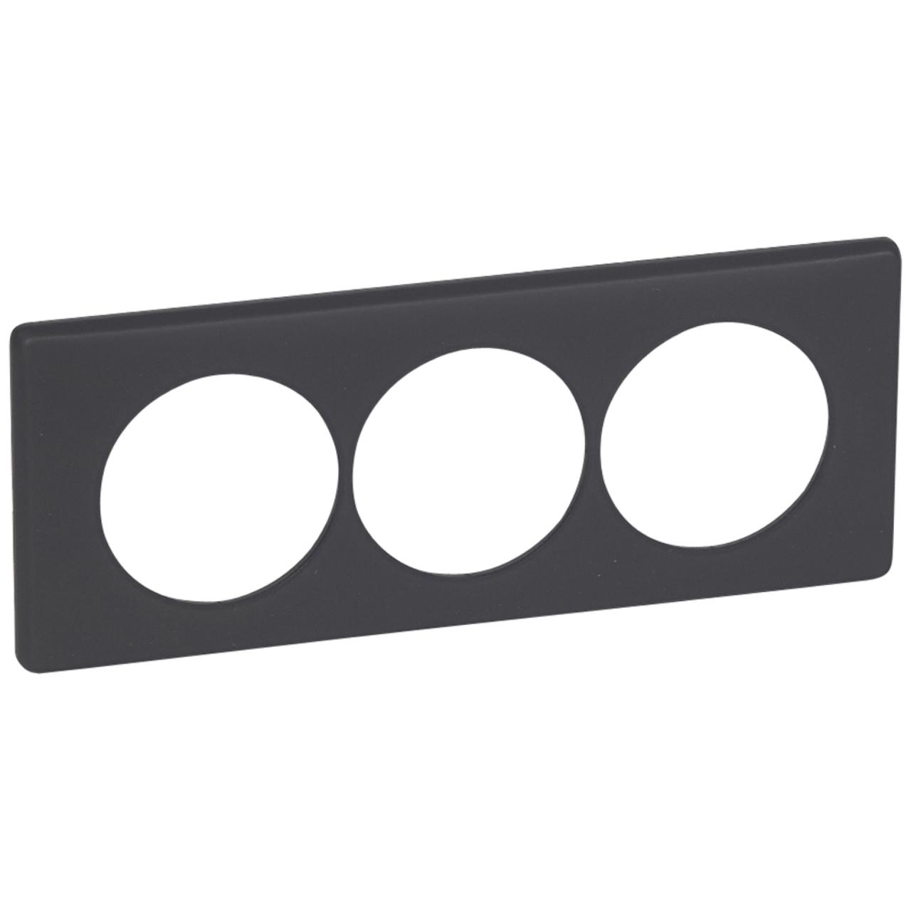 plaque legrand c liane 3 postes basalte pour la r novation. Black Bedroom Furniture Sets. Home Design Ideas