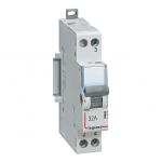 Interrupteur Va et Vient - 1 Contact NO/NF - 32 Ampères - Legrand CX³