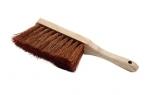 Balayette avec manche court en bois
