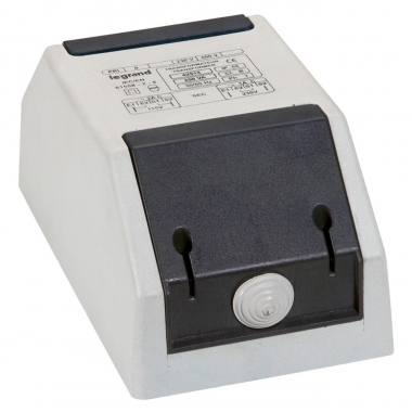 Transformateur de sécurité - Legrand - 230/400V AC vers 24/48 AC - 100 VA
